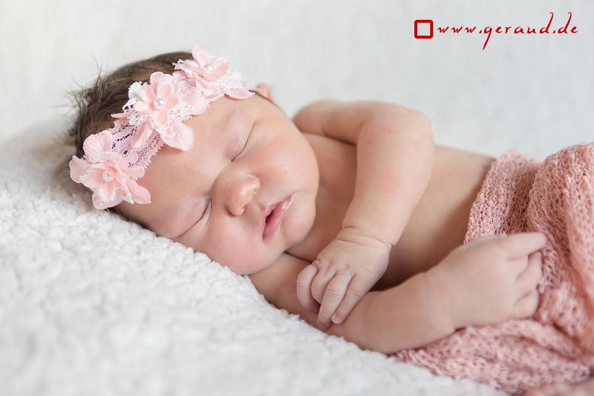 Babyfotos Zella-Mehlis Blumenkranz